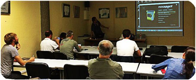 Spanish hockey coaches learn #Update13500 tools